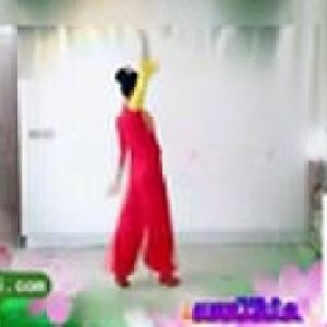 小胖胖美女跳广场舞