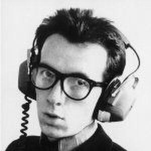 Elvis Costello照片