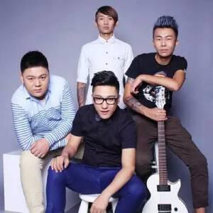 麦朵乐队照片